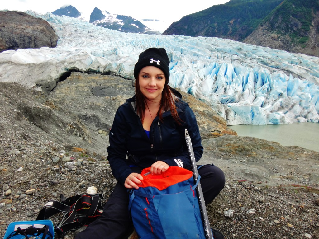 Live Life Out of Office - Trekking to Glacier (3)